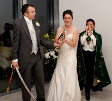 A perfect wey to celebrate a wedding ... opening champagne with a sabre