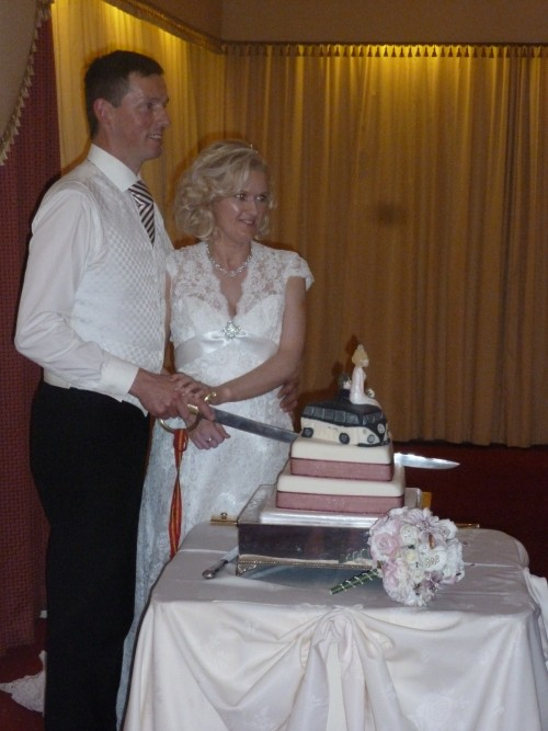 Whilst we are based in Kent it is always great fun to travel to be part of a special occasion. The wedding of Dean & Joanne on 8th September 2012 took us to Portrush, Northern Ireland  a wonderful wedding to have shared with Dean & Joanne